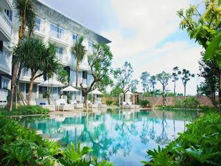 Hotel Career - Waiter/Waitress and Public Area at Fontana Hotel Bali