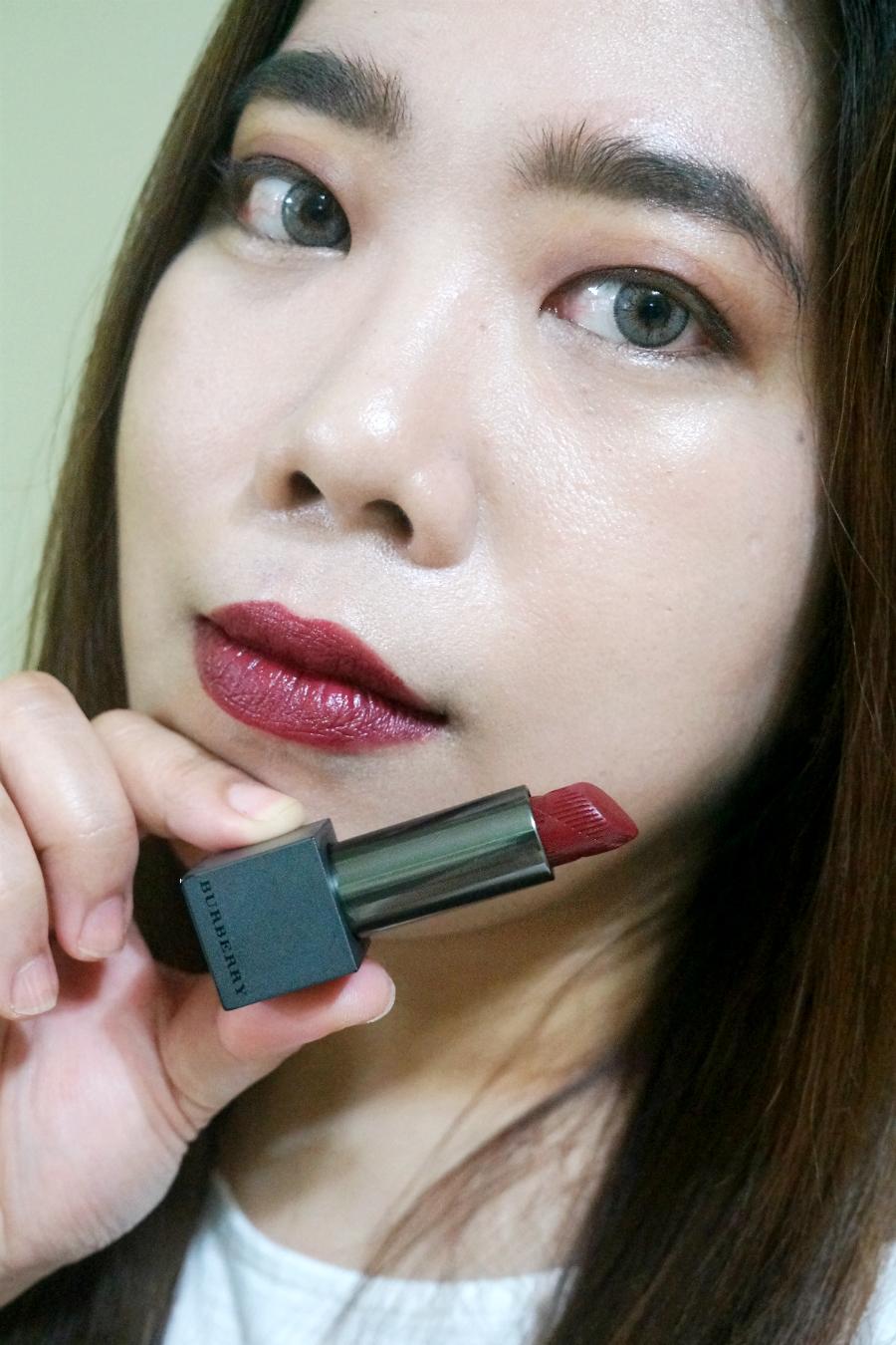 Velvet Lip Kits Velvet Liquid Lipsticks: Burberry Lip Velvet Long Wear Lipstick In Oxblood No. 437