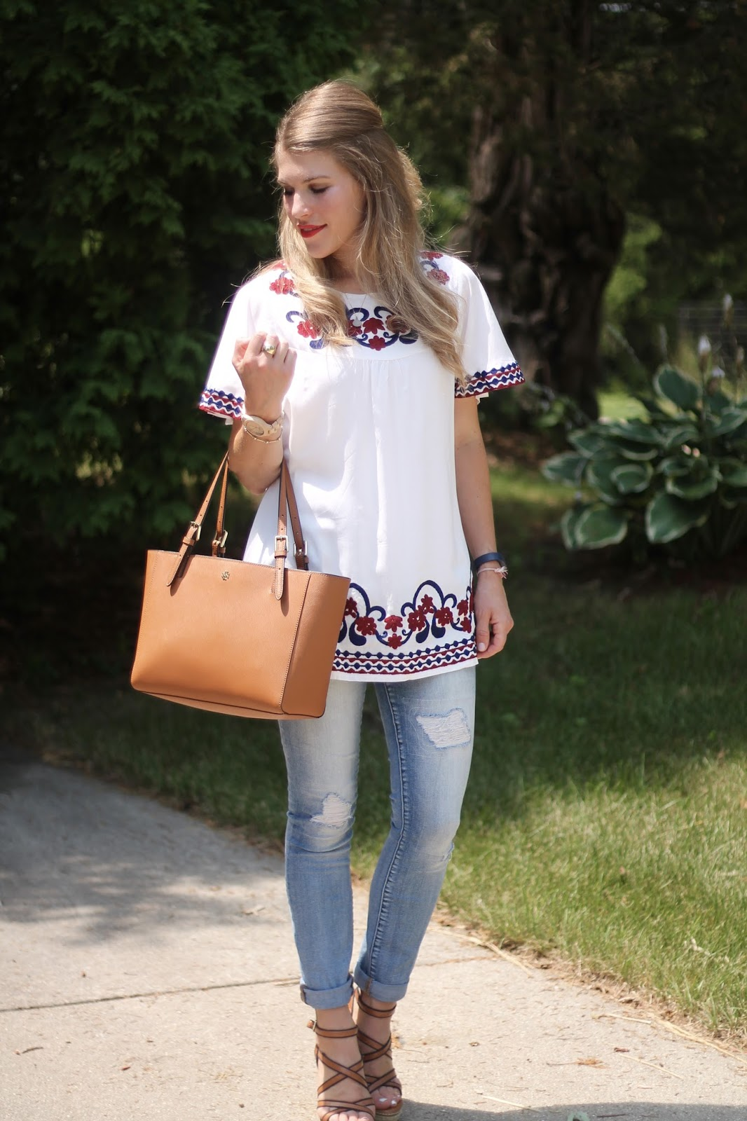 Sammydress embroidered white tunic, distressed Gap jeans, wedges, Tory Burch tote, summer style, casual summer outfit with tunic