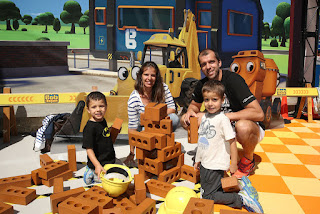 Gilles Muller And His Wife Alessia Fauzzi Out On Vacation With Their Children