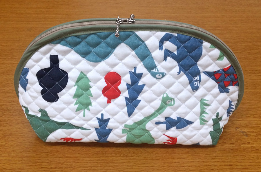 cosmetic bag purse fabric sewing quilt