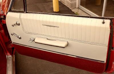 1965 Pontiac Bonneville Convertible Interior Door Right