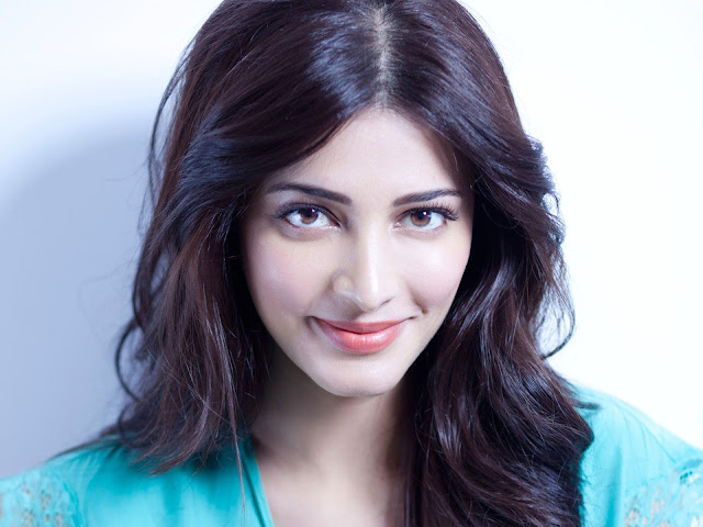 Shruti Hassan HD Photo