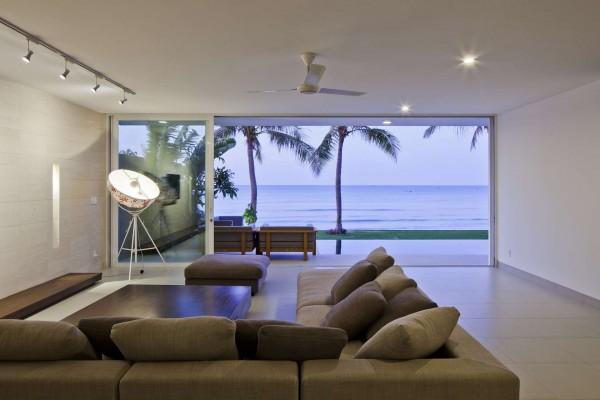 sofa desain villa mewah
