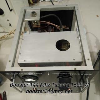Booster 144 Mhz Tabung 1500 W Lengkap dengan Power Supply