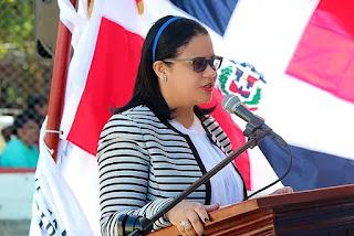 Alcaldesa Rosa Peña felicita a los jóvenes y les exhorta a seguirse capacitando y trabajando por un futuro mejor