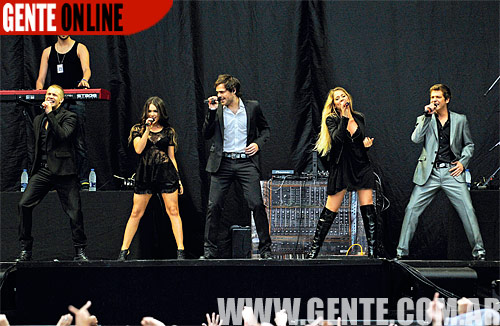 Britney & Los Teen Angels En Revista Gente