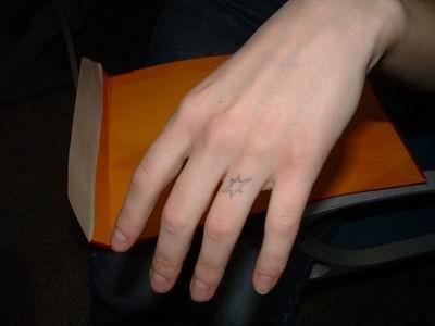 Mas dedo para mi mujer - 2 8