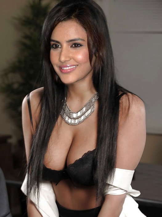 Priya Anand Nude Photos Naked Big Boobs Pictures Xxx -5626