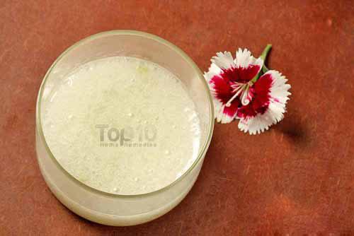 Tự làm kem dưỡng ẩm cực tốt và an toàn từ dầu dừa và lô hội