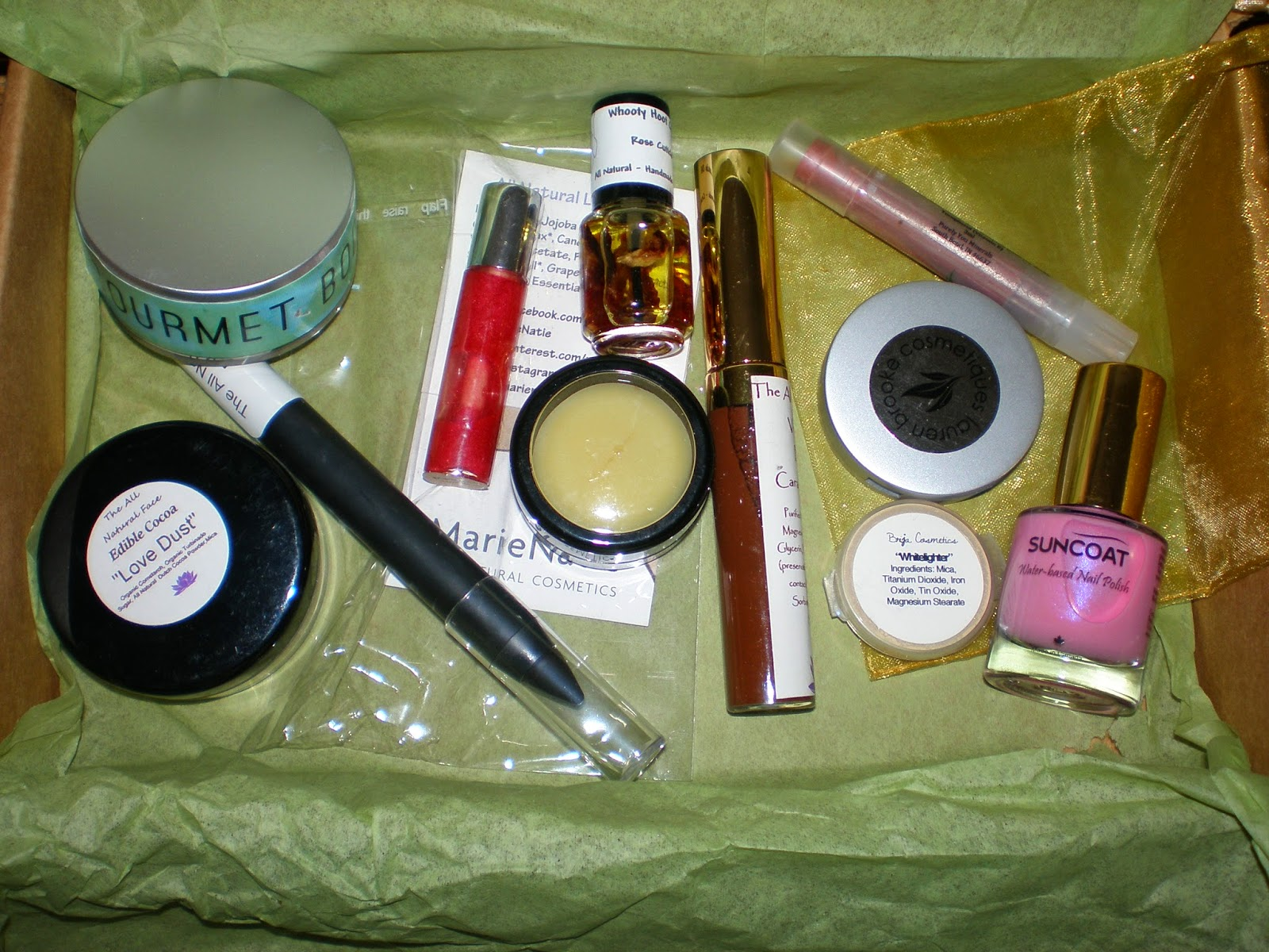 Contents of the Eco Emi Cosmetics box