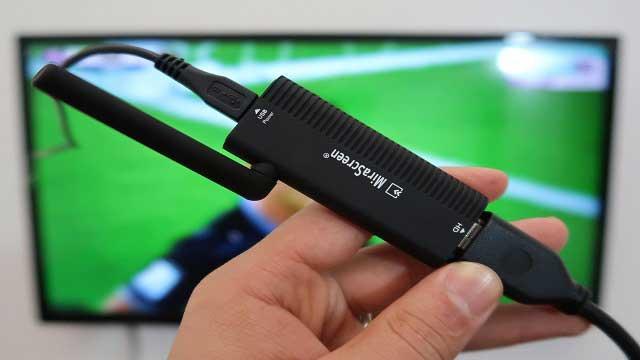 أفضل جهاز لإظهار شاشة أي هاتف على التلفاز بدون كابل وبدون أي تطبيق وبجودة عالية جدا !!