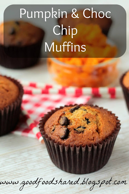 Pumpkin Chocolate Chip Muffins and Knitting!!