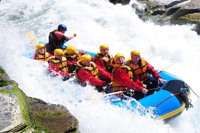 TOP PLACES TO GO FOR RIVER RAFTING IN INDIA