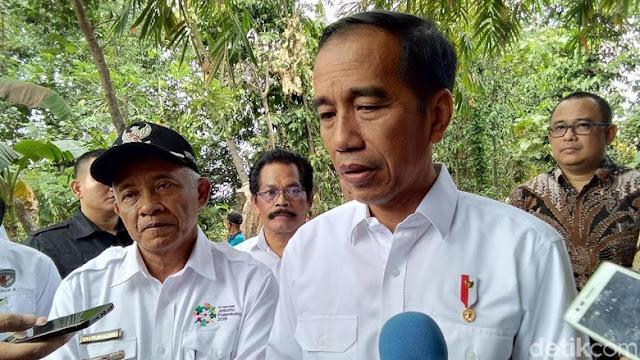 Kasus Pembakaran Bendera HTI, Jokowi: Serahkan kepada Kepolisian