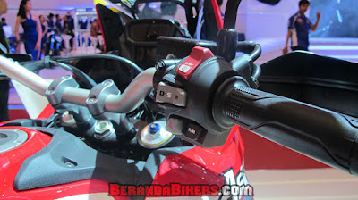 IMOS 2016: Detail Honda CRF 1000L Africa Twin DCT 2016