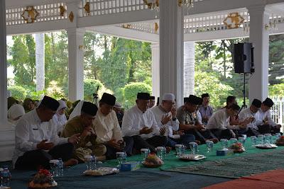 Peringatan Maulid Nabi Muhammad SAW Di Pendopo Kab. Kuningan