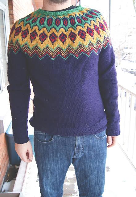Chandail tricoté pour homme avec col en jacquard - vue de face