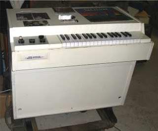 El Mellotron M400 con el que Larry Fast grabó su álbum como Synergy Electronic Realizations For Rock Orchestra de 1975
