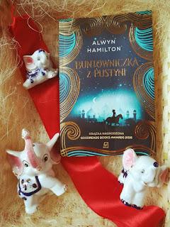 Buntowniczka z pustyni - Alwyn Hamilton