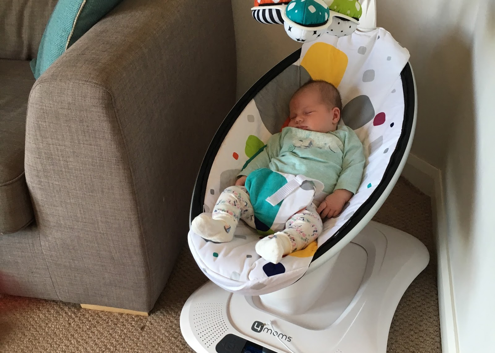 4moms Mamaroo Review After The Car Seat