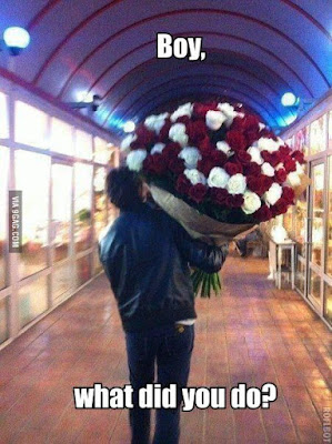 guy with lots of flowers, funny apology, funny dating pictures