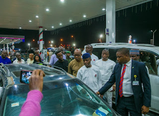 News: It's a shame that Nigerians are suffering to get fuel – Osinbajo