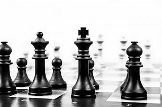 El juego de ajedrez de Podemos para ganar poder