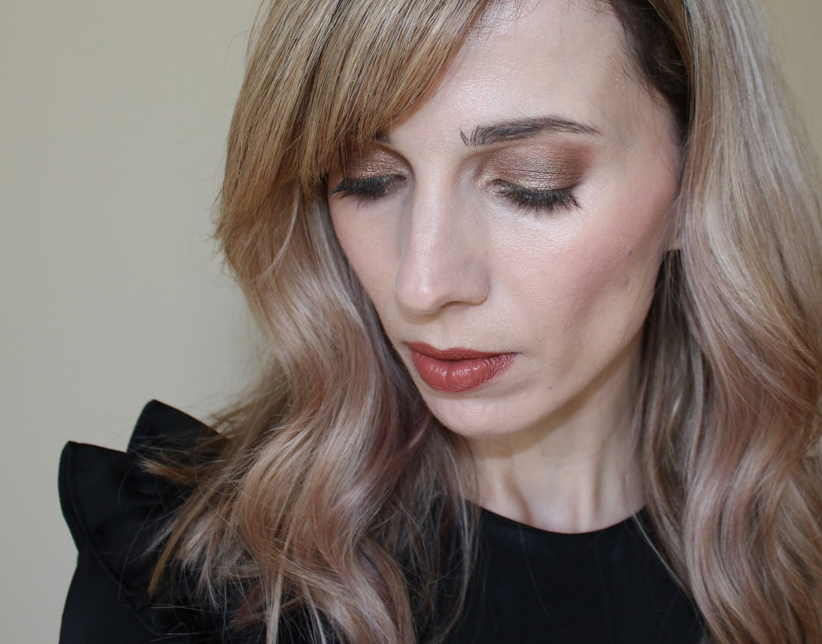 Emma Stone Oscars Inspired Makeup Look - 5