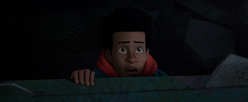 Spider-Man.Into%2Bthe%2BSpider-Verse.2019.1080p.WEB-DL.LATiNO.ENG.H264.AC3-EVO-01240.png