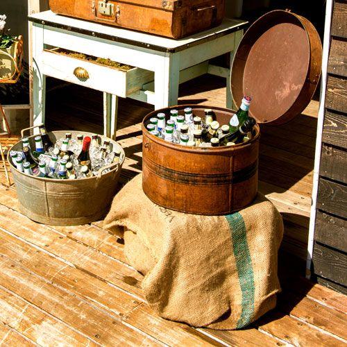 Vintage Suitcase Wedding Drink Table
