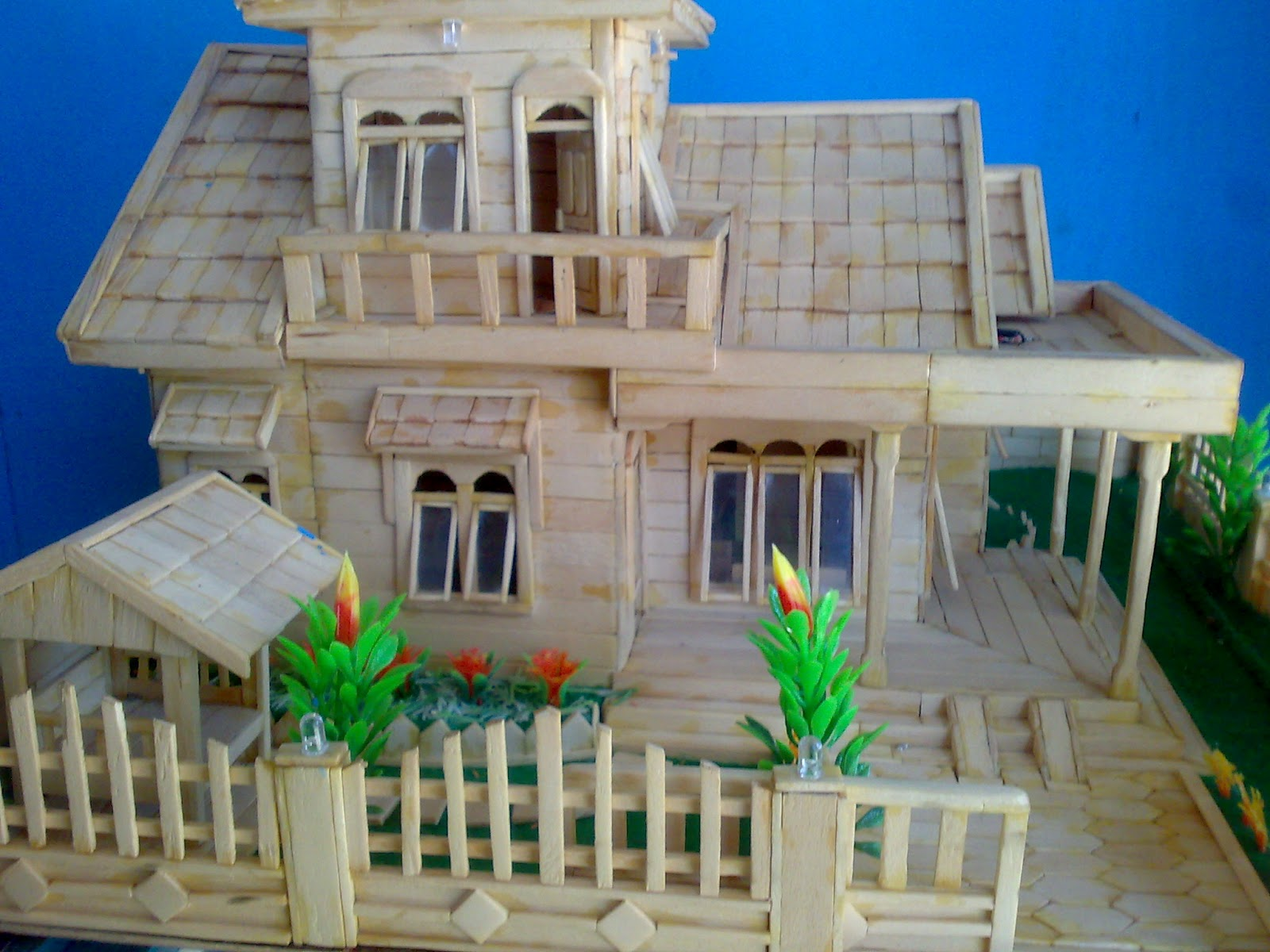 Rumah Dari Stik Es Krim - Belajar Computer Dunia Maya