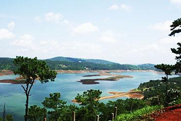 C Lium Lake