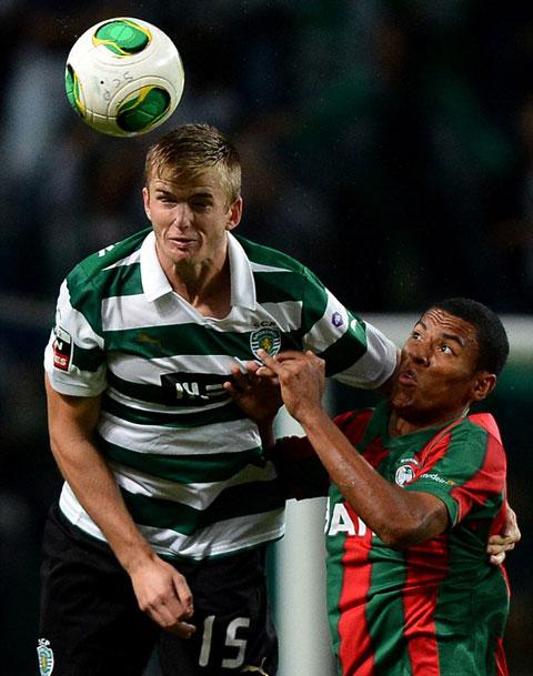 Sau khi trở về từ Everton, Dier đã nhanh chóng tìm kiếm được chỗ đứng tại Sporting