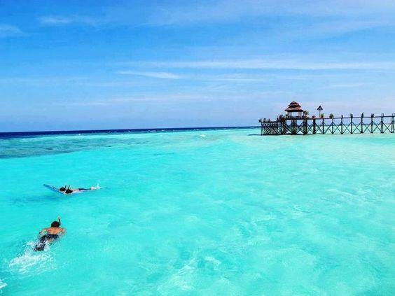 Tips Wisata ke Pulau Derawan