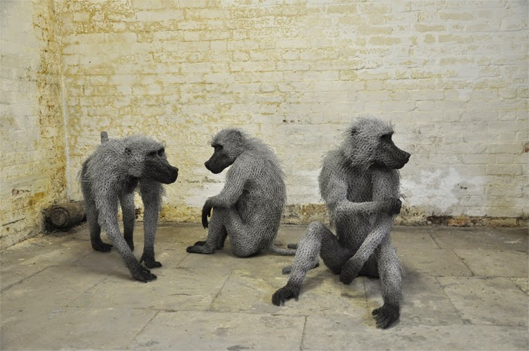 28-Baboon-Troop-2-Kendra-Haste-Galvanised-Wire-Animal-Sculptures-www-designstack-co