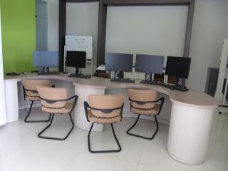 Pesan Meja Kantor di semarang Jawa Tengah