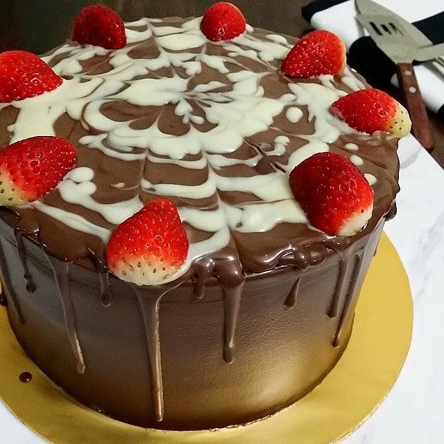 Chocolate Indulgence Cake Azlita