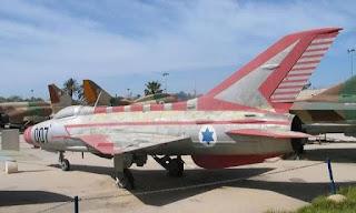 تاريخ جرائم الموساد الأسرائيلي و CIA ضد الطيارين العراقيين في الماضي  و ربطها بمقتل طيارين ال F16 العراقيين  في امريكا في الوقت الحاضر !
