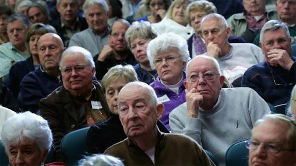 El Gobierno recorta a los abuelos que no se pudieron jubilar