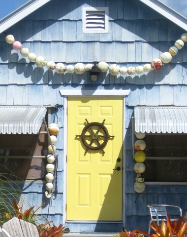 17 Front Doors & Decorations with Coastal & Nautical ...