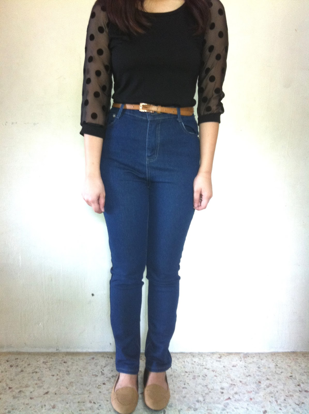 High Waisted Jeans Behold, our heavenly high waist jeans. The ultimate feel-good-look-great jean that makes bottoms peachy, tummies flat and legs go on for days.