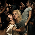 "Molejo agradece Lady Gaga pelo sucesso que ""Cilada"" fez desde o lançamento de ""Perfect Illusion"""