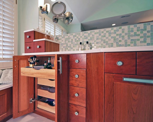 Choosing a Stylish Bathroom Vanity picture