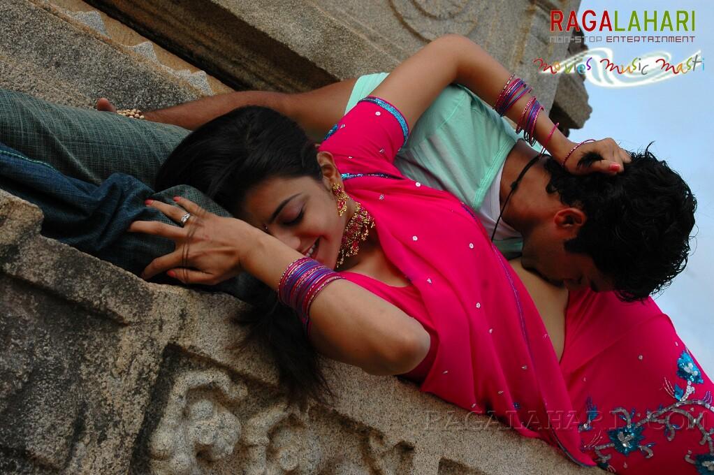 Kajal Agarwal Hot Navel Kiss Photos From Telugu Movie -1195