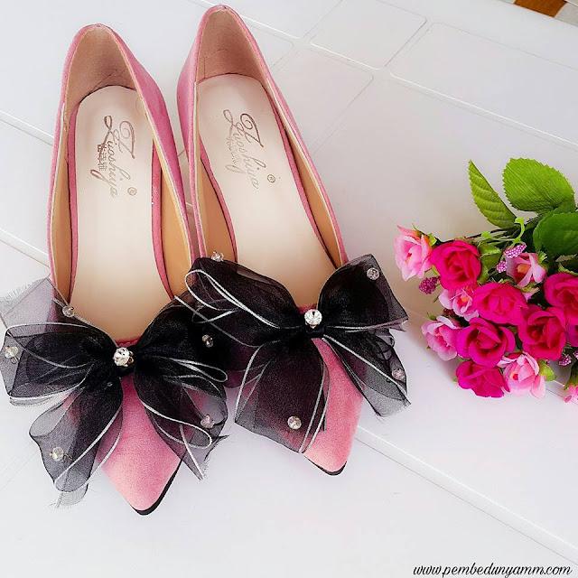 pudra kurdeleli ayakkabılar