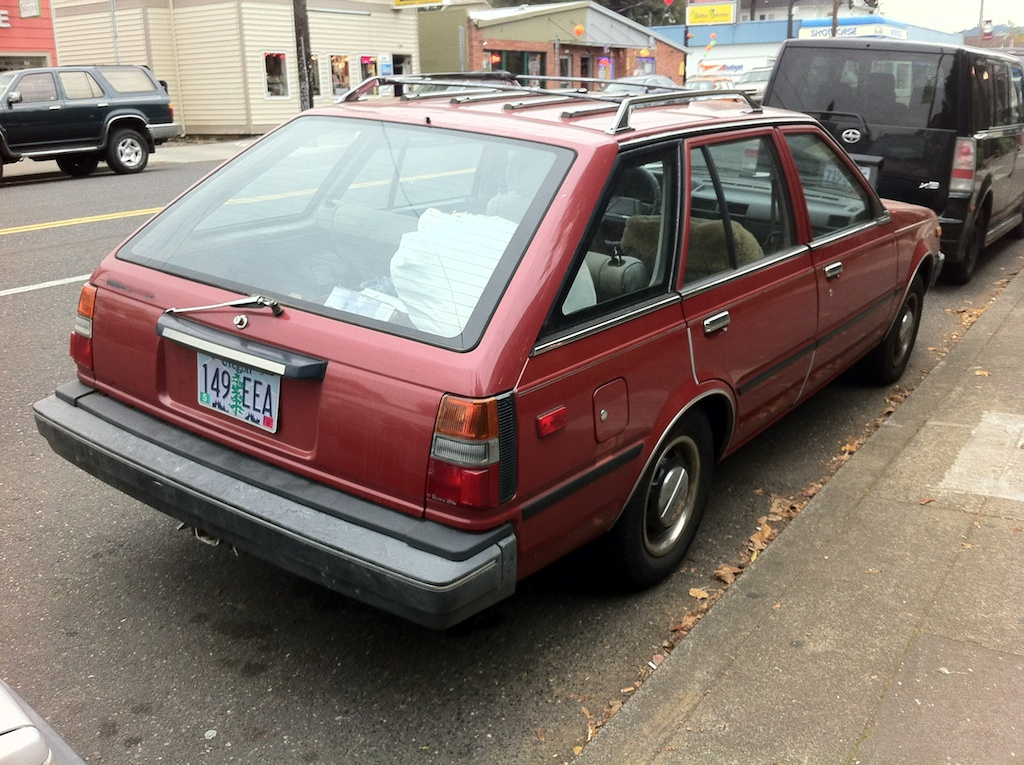 THE STREET PEEP: 1985 Nissan Sentra Wagon