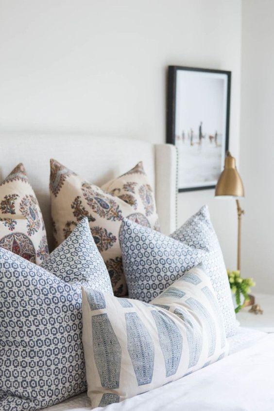 Trucos para decorar con cojines - Cojines grandes cama ...