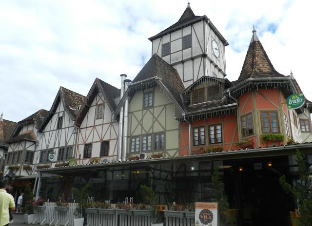 Blumenau - Capital Nacional da Cerveja! Parque Vila Germânica - recinto da Oktoberfest