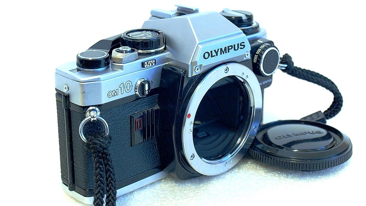 Olympus OM10 (Chrome) Body #478, Manual Adapter